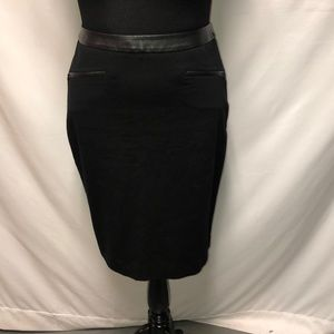 TALBOTS LEATHER TRIM SKIRT SIZE 8